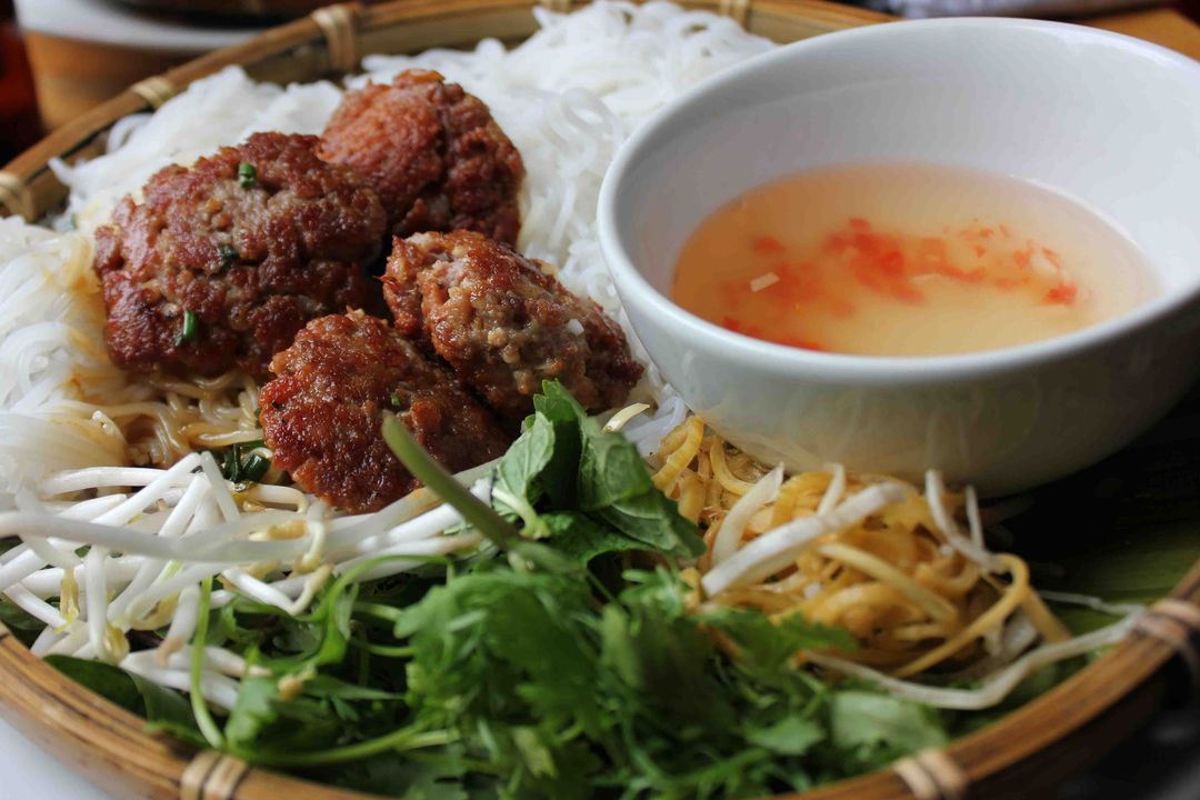 6 must enjoy dishes when visiting Hanoi