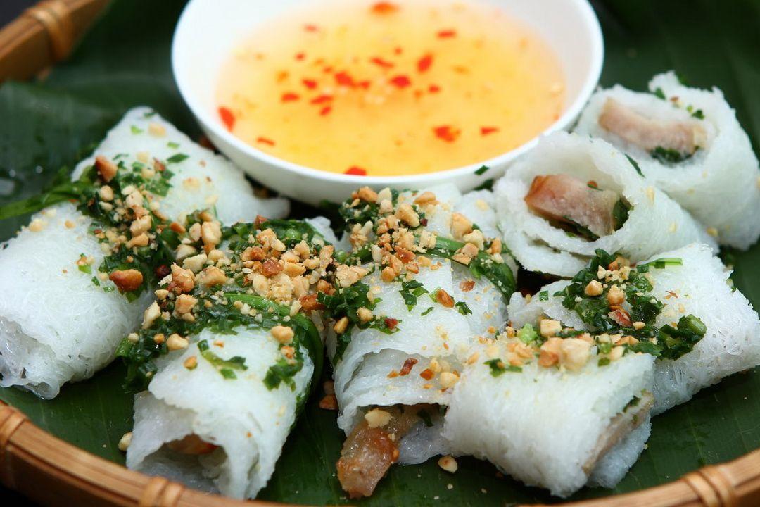 Banh hoi thit nuong | Saigon Riders