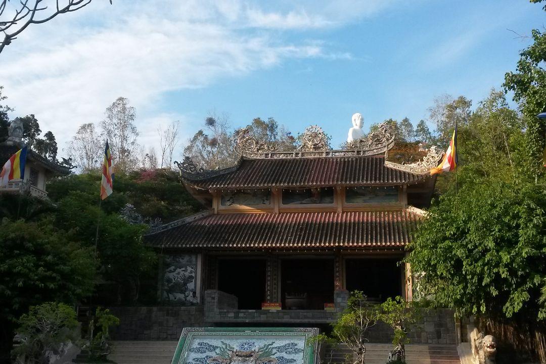 Long Son Pagoda | Saigon Riders