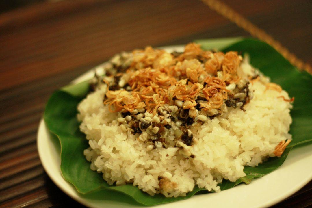 Xoi - Sticky rice | Saigon Riders