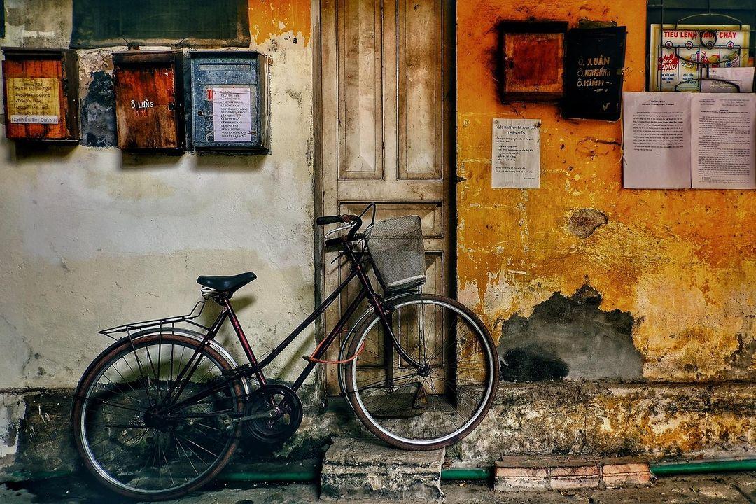 Vietnam motorbike tour: Hanoi's old quarter – 36 streets