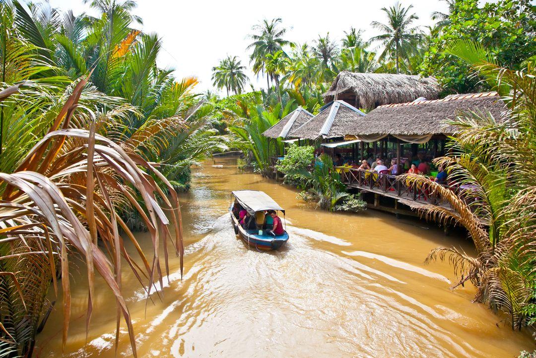 Cruising on river | Saigon Riders
