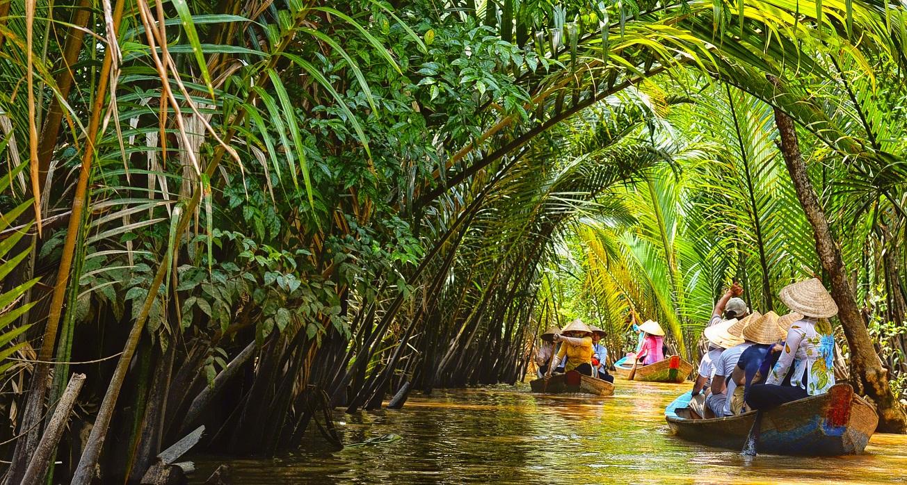 Ao ba ba _ Saigon Riders