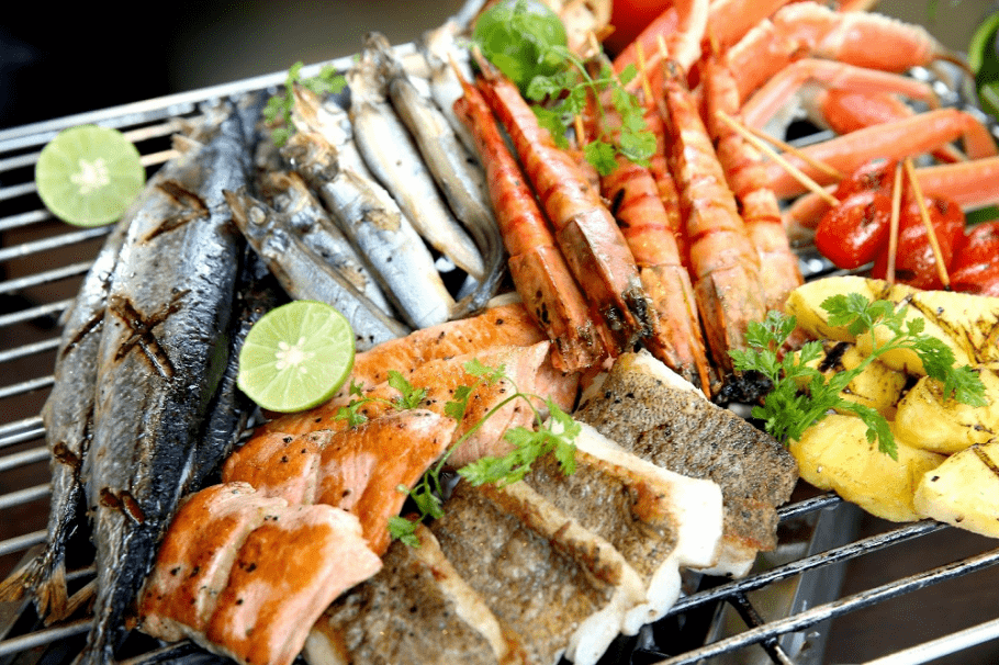 you-can-find-all-types-of-seafood-in-can-gio-saigon-riders