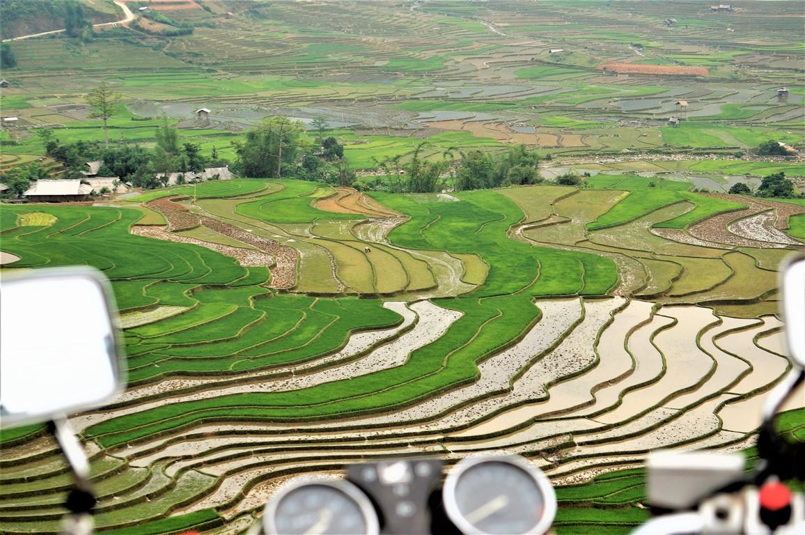 North Vietnam 8 day motorcycle tour to Ha Giang, Ba Be lake, Mai Chau valley and Sa pa