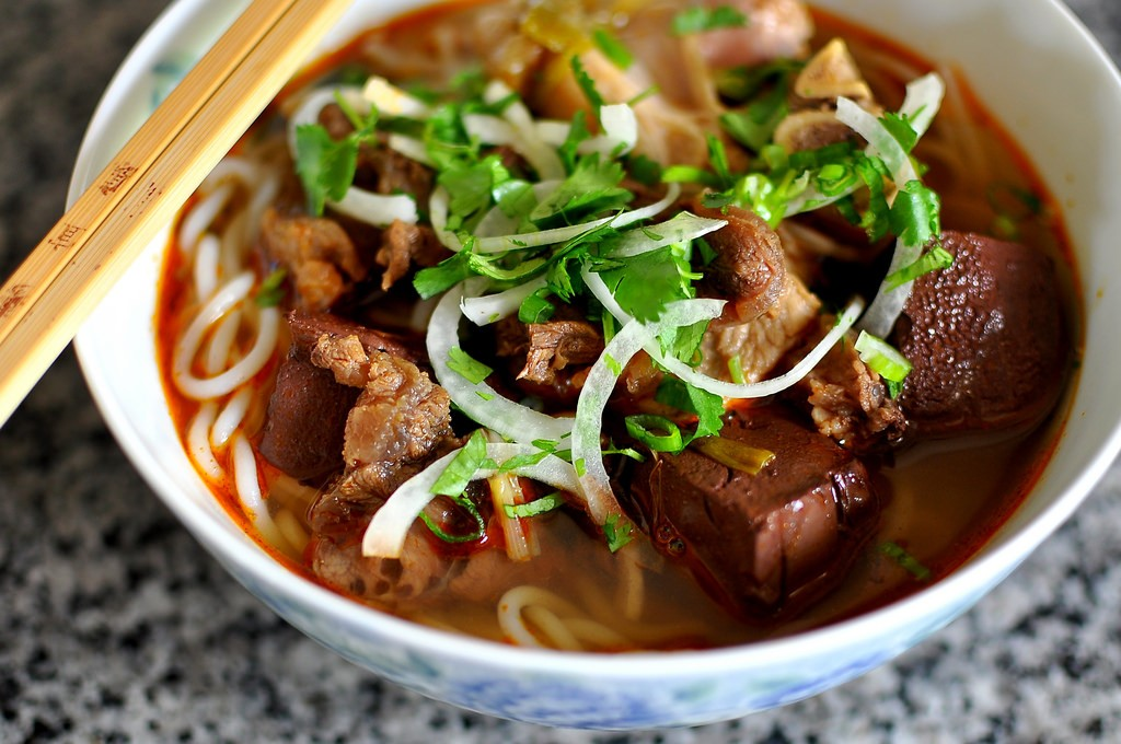 bun-bo-hue-is-originated-from-the-hue-imperial-capital-having-mouthwatering-sour-spicy-flavor-together-with-cinnamon-coriander-and-more-saigon-riders