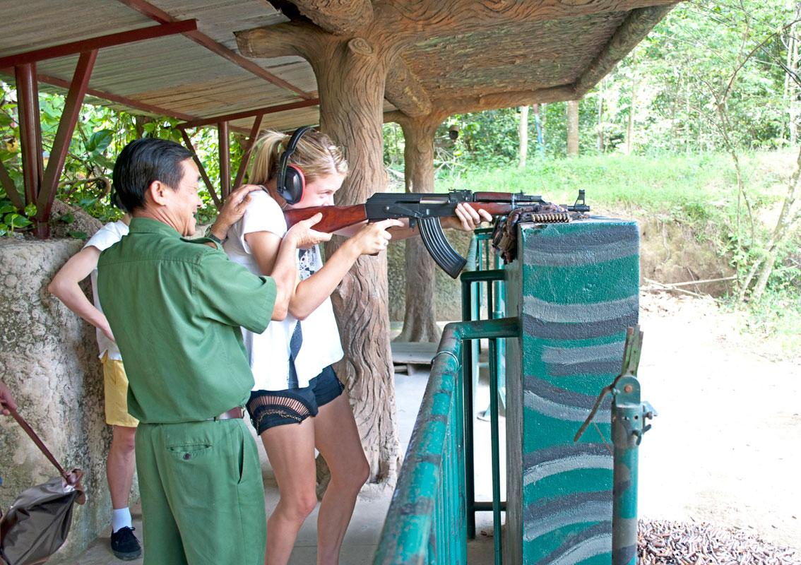 even-a-teenager-can-try-a-shooting-training-here-saigon-riders