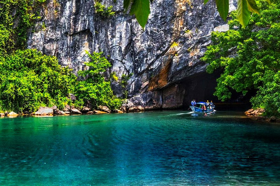 Tips for Phong Nha Dark Cave tour: best options and ticket price in 2019