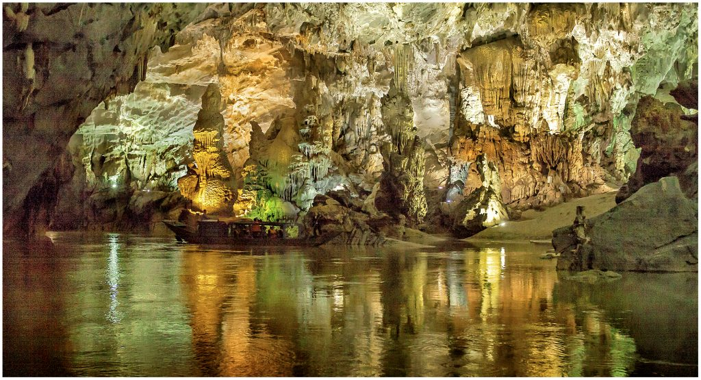 Phong Nha - Ke Bang is a natural treasure of Vietnam