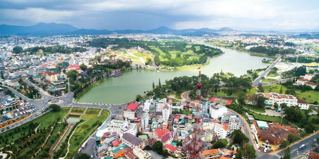 Dalat modern city still has its attractions with romantic and peaceful places