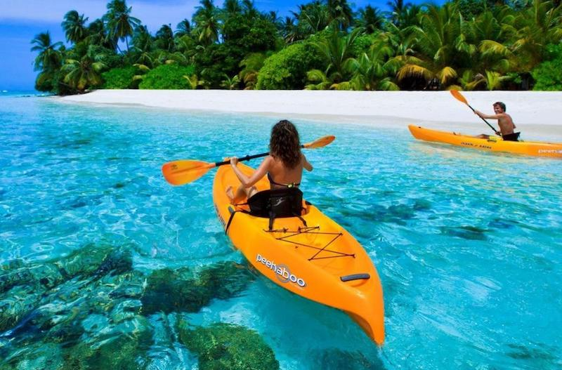 Tourists go kayaking in Nha Trang sea
